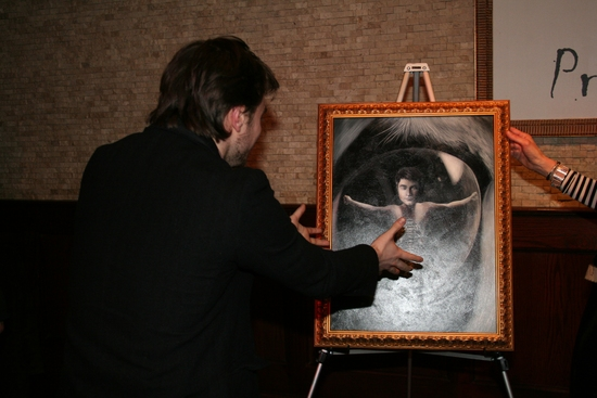 Photo Coverage: EQUUS Star Daniel Radcliffe's Portrait Unveiled at Tony's DiNapoli