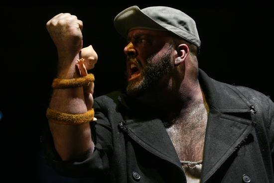 Photo Flash: The Hairy Ape At The Goodman Theater