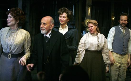George Morfogen, Maggie Gyllenhaal, Cyrilla Baer and Peter Sarsgaard Photo