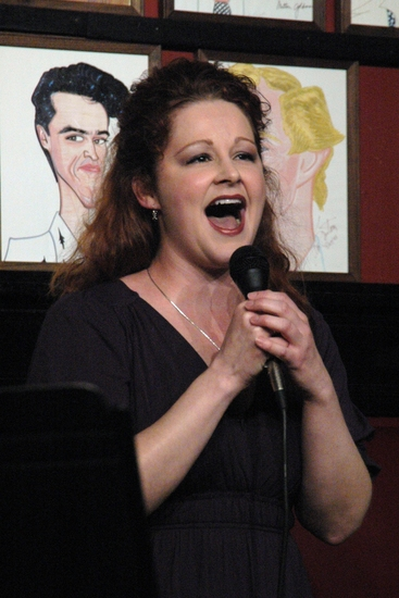 Photo Coverage: James Barbour's 'LOVE SONGS' at Sardi's