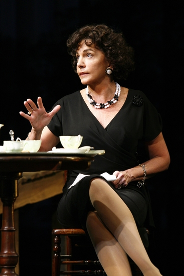 Mercedes Ruehl: 'Zee Matriarch' of THE AMERICAN PLAN