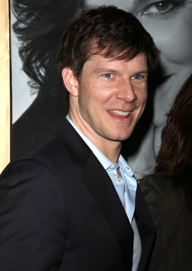 Eric Mabius