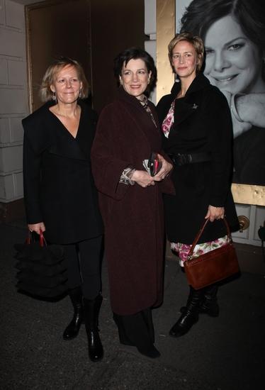 Phyllida Lloyd , Harriet Walter and Janet McTeer   Photo