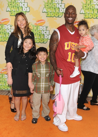 Tyrese Gibson and family