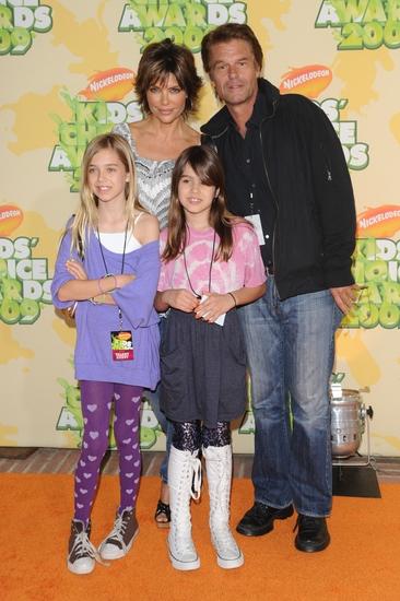 Lisa Rinna, Harry Hamlin with family