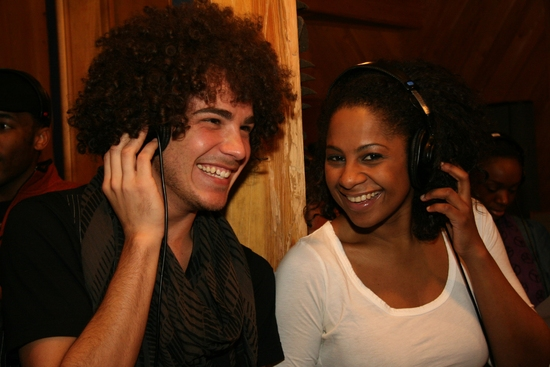 Photo Flash: The Cast of 'HAIR' Goes on the Record!