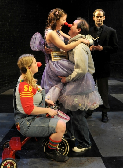 Photo Flash: RED NOSES At Strawdog Theater Co