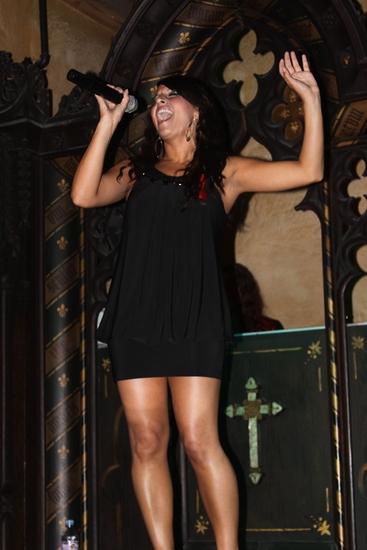 Photo Flash: MAMMA MIA! National Tour Cast Performs Benefit Concert