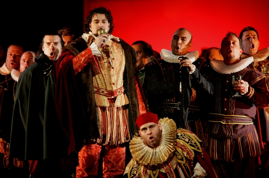 Photo Flash: Houston Grand Opera's RIGOLETTO