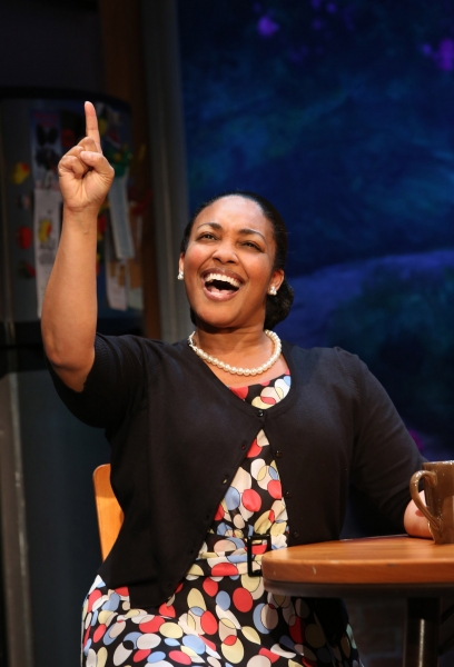 Photo Flash: First Look at Farah Alvin, Natalie Venetia Belcon and More in THE LAST SMOKER IN AMERICA!
