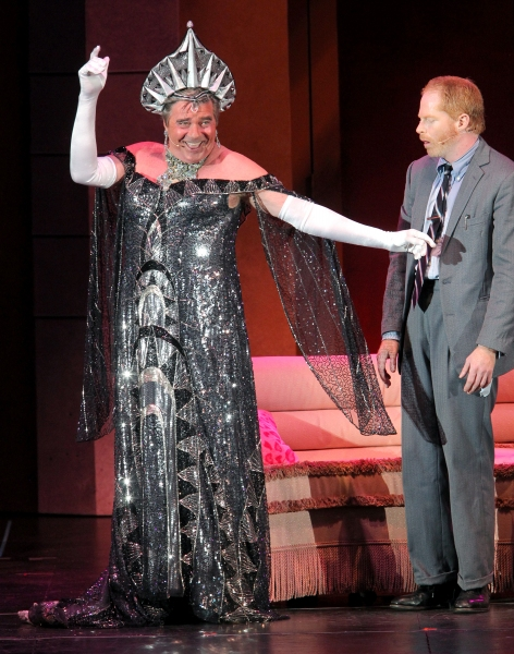 Photo Flash: Jesse Tyler Ferguson, Richard Kind & More in THE PRODUCERS at The Hollywood Bowl, Part 1!