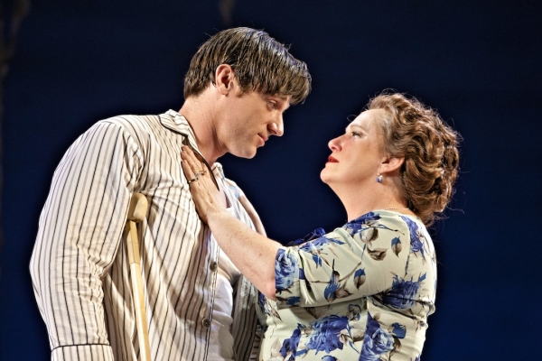 Photos: First Look at Tom Degnan and Eleanor Handley in CAT ON A HOT TIN ROOF