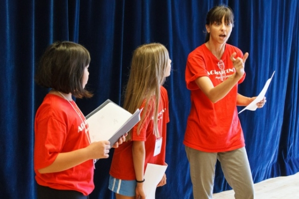 Artistic Director Jessica Rofe works with students in an On-Camera Acting Workshop. Photo