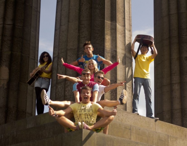 Photo Flash: First Look at DEPARTURE LOUNGE at Edinburgh Fringe