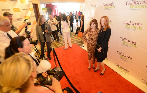Frances Fisher and Marcia Cross on the red carpet