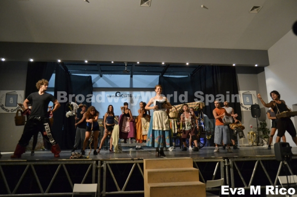 PHOTO FLASH: Ensayos de La Bella y la Bestia (Gira)