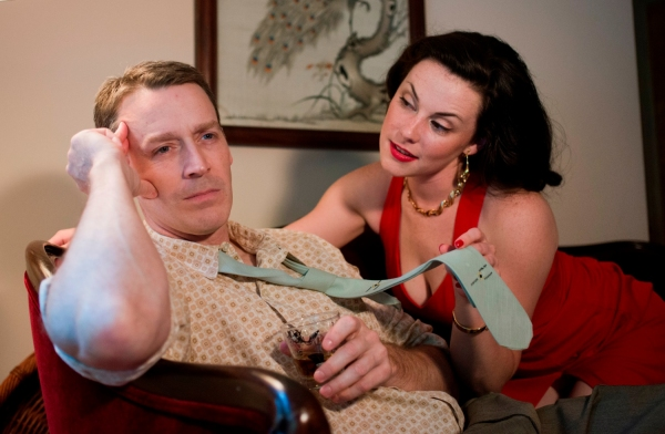 Photo Flash: THE BIG KNIFE Opens Raven Theatre's 30th Anniversary Season