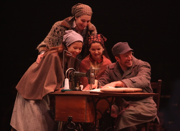 Lauren T. Mack (top), Bella Bagatelos, Noa Solorio and Allen E. Read as Tzeitel, Shprintze, Bielke and Motel