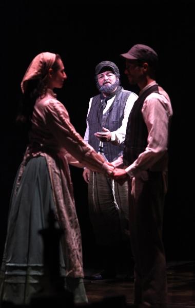 Lauren T. Mack, Bob Amaral and Allen E. Read as Tzeitel, Tevye and Motel