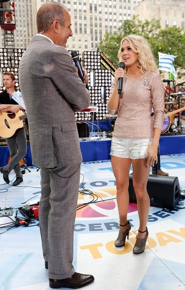 Matt Lauer, Carrie Underwood at Carrie Underwood Performs on TODAY