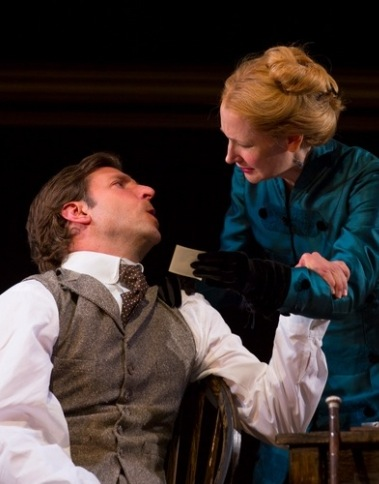 THE ELEPHANT MAN, Starring Bradley Cooper, Seeks Limited Broadway Engagement