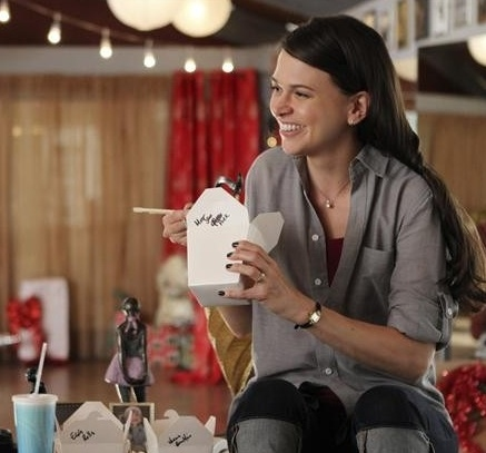 3 at Sutton Foster, Kelly Bishop in Tonight's BUNHEADS Finale