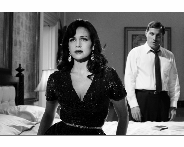 InDepth InterView: Carla Gugino On POLITICAL ANIMALS, Arthur Miller, Sondheim Musicals, Roundabout & More!