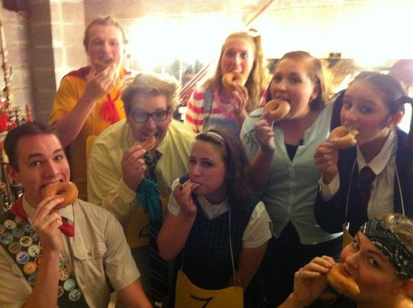 PUTNAM COUNTY SPELLING BEE's Stephanie Gilmore and Company (Joplin Little Theatre) �@MezzoGilmore JLT's Spelling Bee trying to be cool like the @Newsies #SIP http://pic.twitter.com/XMCst536