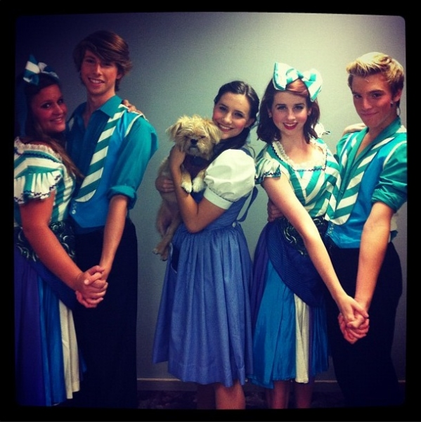 "WIZARD OF OZ's Brittany Law and Company (Spreckles Performing Art Center) ""@guitargrl56 Couples of Oz #SIP #jimmyfallon #thewizardofoz http://instagr.am/p/OfwOhKSrGi/"