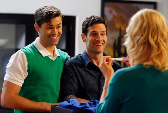 Photo Flash: First Look - Andrew Rannells in Pilot of THE NEW NORMAL