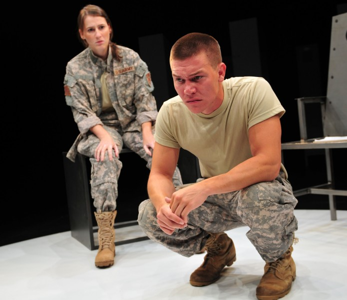 BWW Reviews: 9 CIRCLES at Gloucester Stage is Stunning Evening of Theater