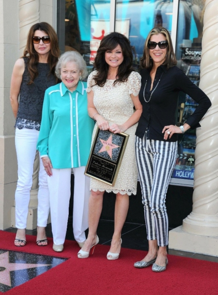 Jane Leeves, Betty White, Valerie Bertinelli and Wendie Malick at Valerie Bertinelli Receives Star on Hollywood Walk of Fame