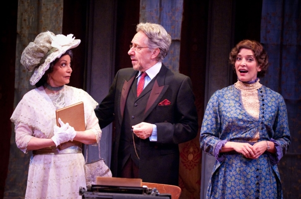 Photo Flash: First Look at West Coast Premiere of GHOST-WRITER at International City Theatre