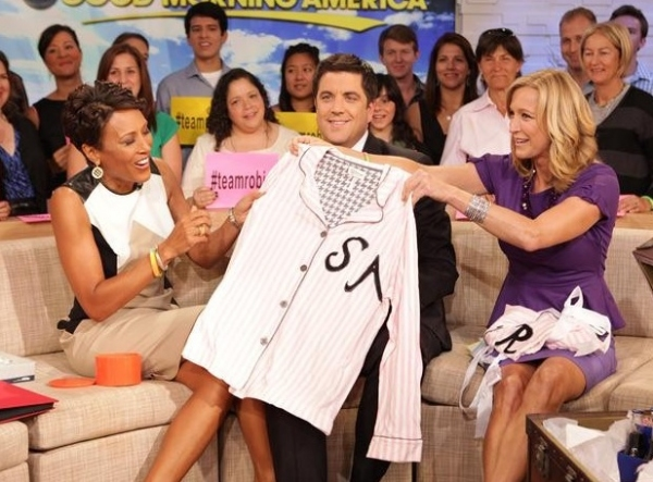 Robin Roberts, Josh Elliott, Lara Spencer at Robin Roberts Makes Final GMA Appearance