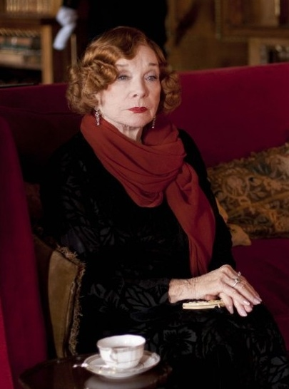 Photo Flash: First Look - Shirley MacLaine in PBS's DOWNTOWN ABBY