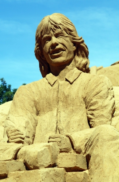 Mick Jagger at Pitt, Jolie Among Works at 10th Int'l Sand Sculpture Festival