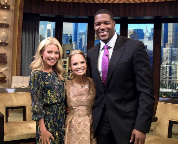 Kelly Ripa, Kristin Chenoweth, Michael Strahan at Kristin Chenoweth on Set of LIVE! WITH KELLY & MICHAEL