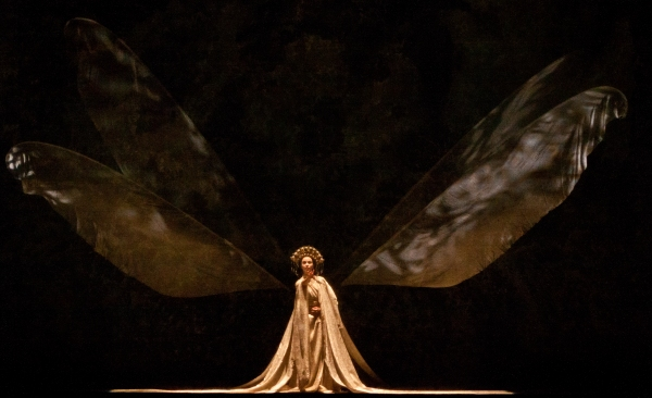 Ballet: MADAME BUTTERFLY. Choreographer: Stanton Welch. Dancer: Amy Fote.