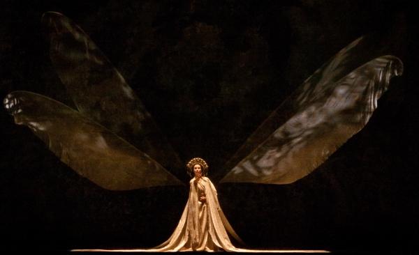 Ballet: MADAME BUTTERFLY. Choreographer: Stanton Welch. Dancer: Amy Fote. Photo