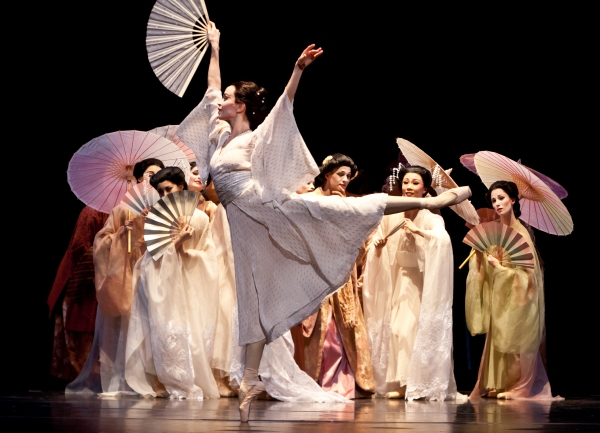 BWW Reviews: Houston Ballet's CLEAR and MADAME BUTTERFLY- Sumptuous, Emotional and Beautiful