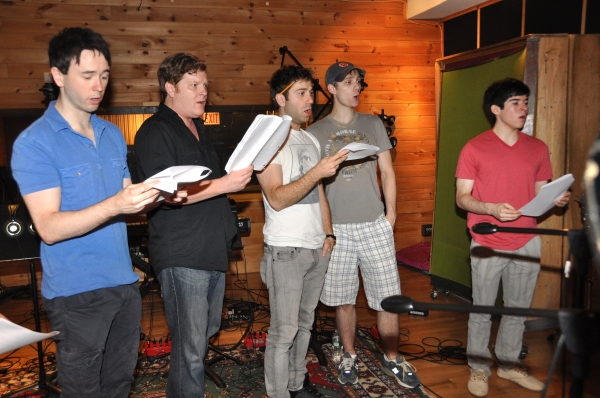 BWW Photo Exclusive: NEWSIES Cast Sings for 'Carols For A Cure'