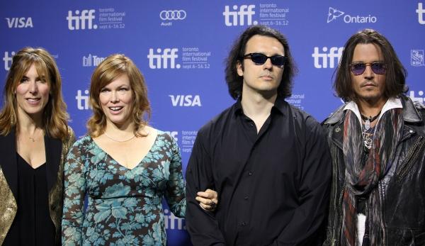 Amy Berg, Lorri Davis, Damien Echols & Johnny Depp Photo