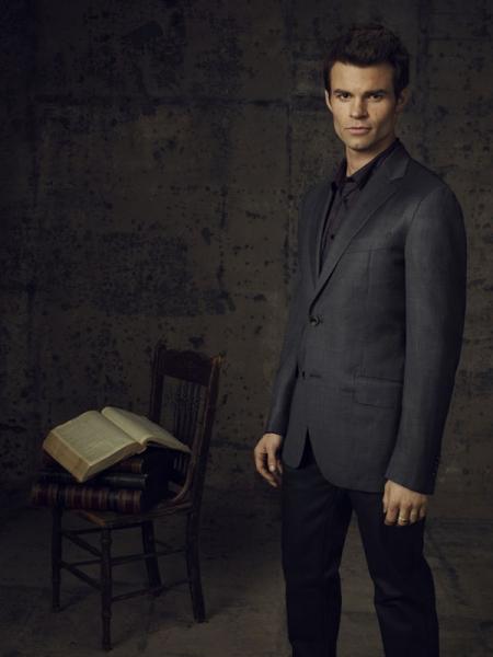 Daniel Gillies as Elijah Photo