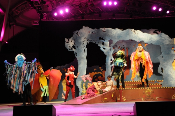 Photo Flash: Sneak Peek at Actors' Theatre's A MIDSUMMER NIGHT'S DREAM