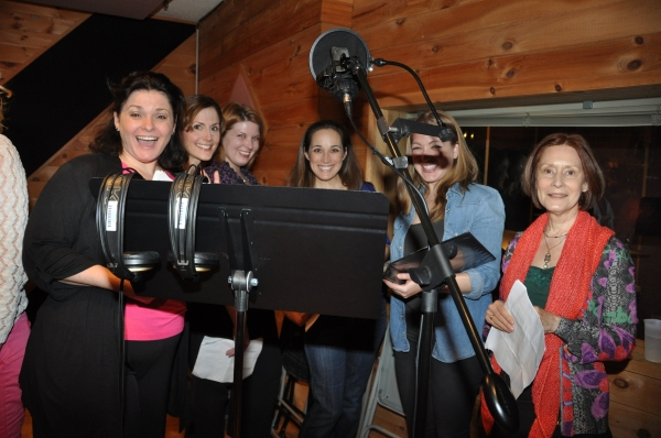 Photo Exclusive: THE PHANTOM OF THE OPERA Cast Sings 'Carols For A Cure'
