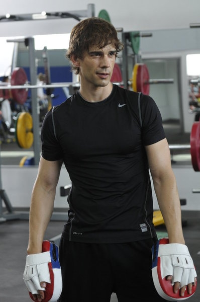 Christopher Gorham as Auggie Anderson -- (Photo by: Steve Wilkie/USA Network)