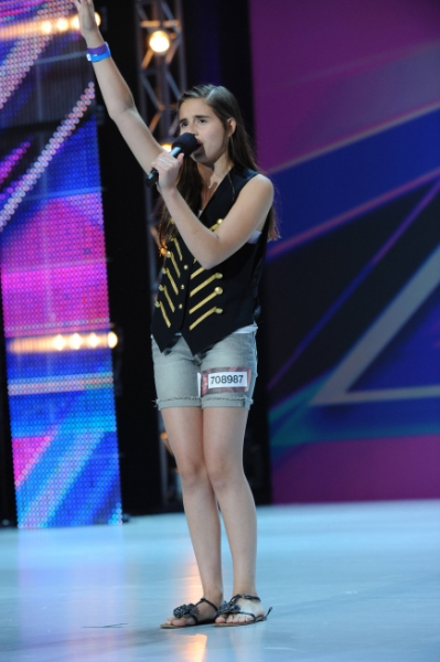 Carly Rose Sonenclar at Meet the Contestants on Episodes 1 and 2 of THE X-FACTOR!