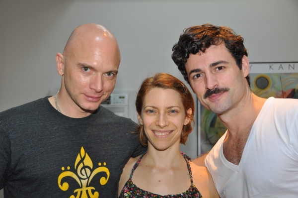 Michael Cerveris, Elana Roger and Max Von Essen at Photo Exclusive: Michael Cerveris, Elena Roger, Max von Essen and EVITA Cast Sing 'Carols For A Cure'