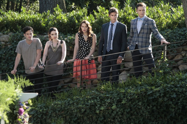 Penn Badgley as Dan Humphrey, Michelle Trachtenberg as Georgina Sparks, Leighton Meester as Blair Waldorf, Chace Crawford as Nate Archibald and Ed Westwick as Chuck Bass at First Look at the Season Premiere of GOSSIP GIRL - Gone Maybe Gone 10/8