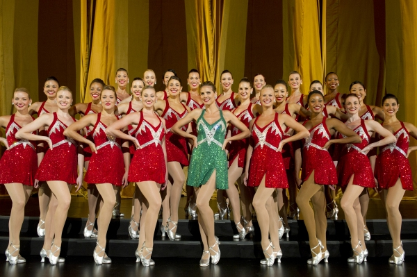 Heidi Klum dances with the Rockettes at Sneak Peek at PROJECT RUNWAY on Thursday, September 20 - Debra Messing, The Rockettes & More!